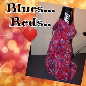 Blue, Red, and every little thing ❤ Vintage Scarf